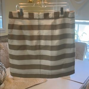 Banana republic cute striped skirt size 12